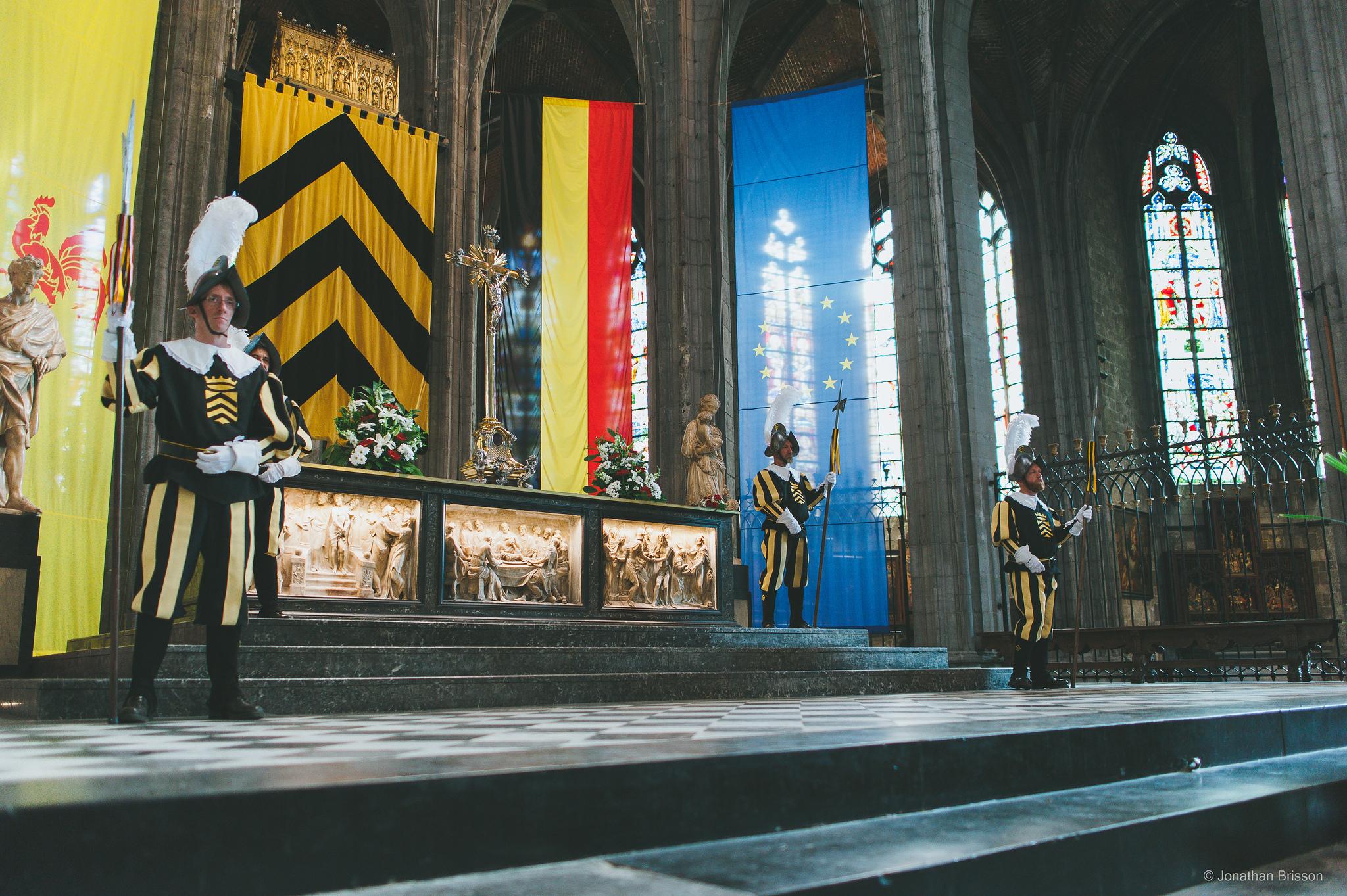 Garde à la Châsse de sainte Waudru